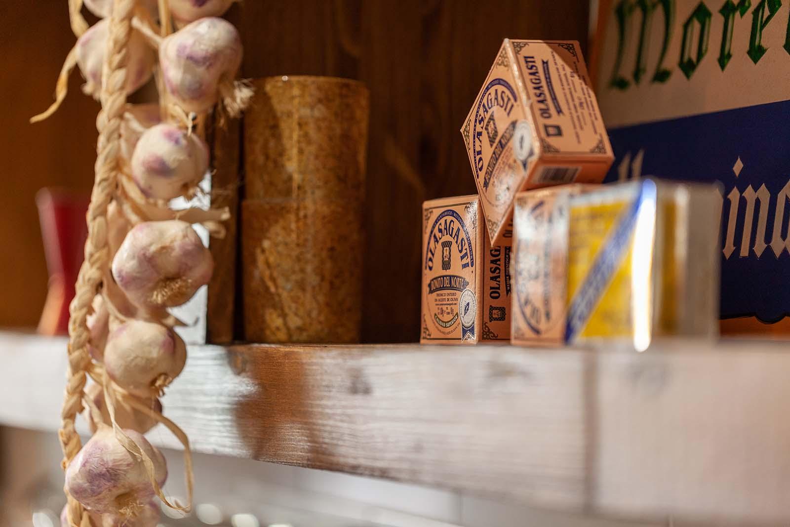 De-Gusto-Bianco-e-Rosso-market2